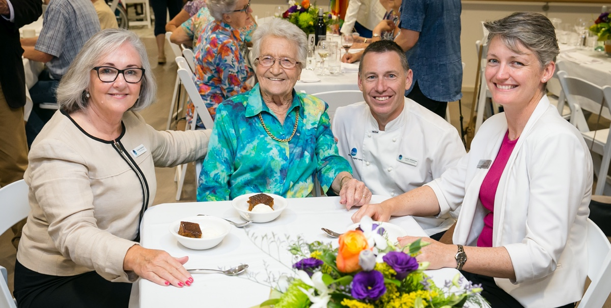 Opal residents eating
