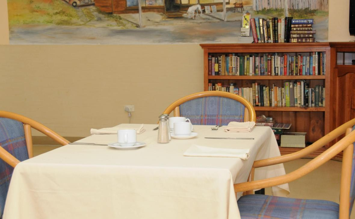 Mandurah Coast dining table