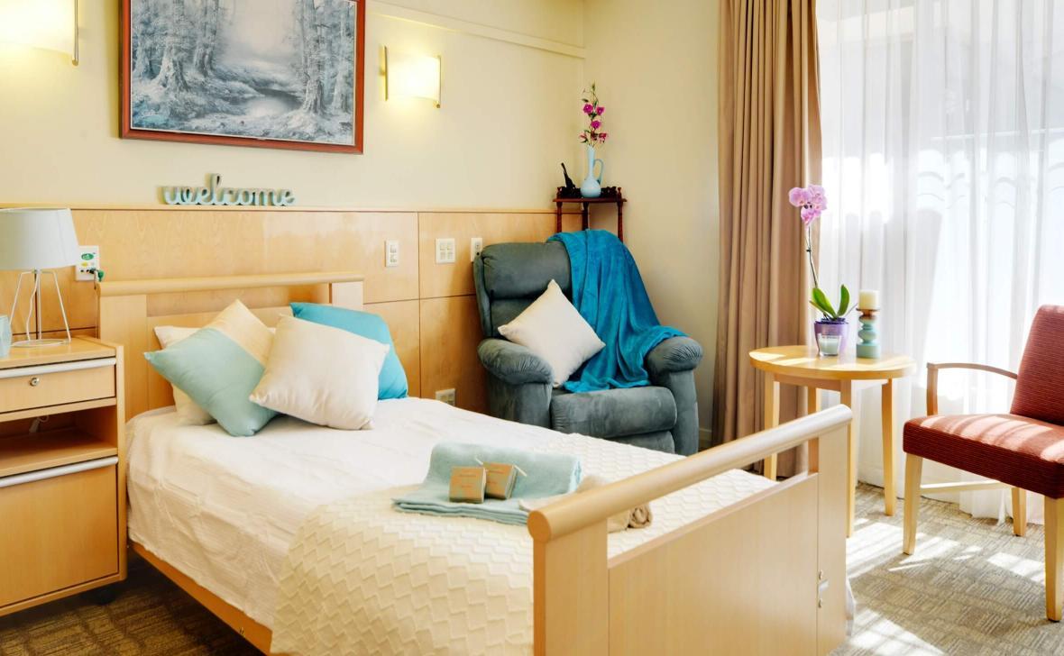 Murdoch Gardens bedroom