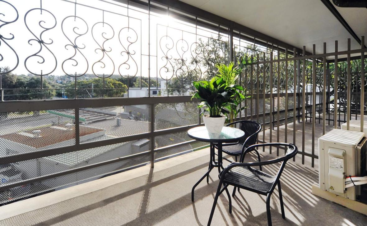 Manly Hillside Balcony