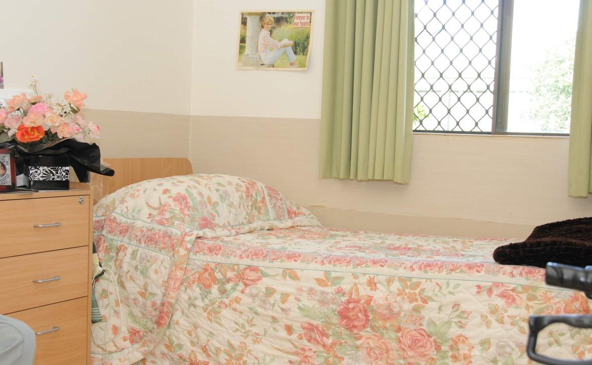 Mandurah Coast bedroom