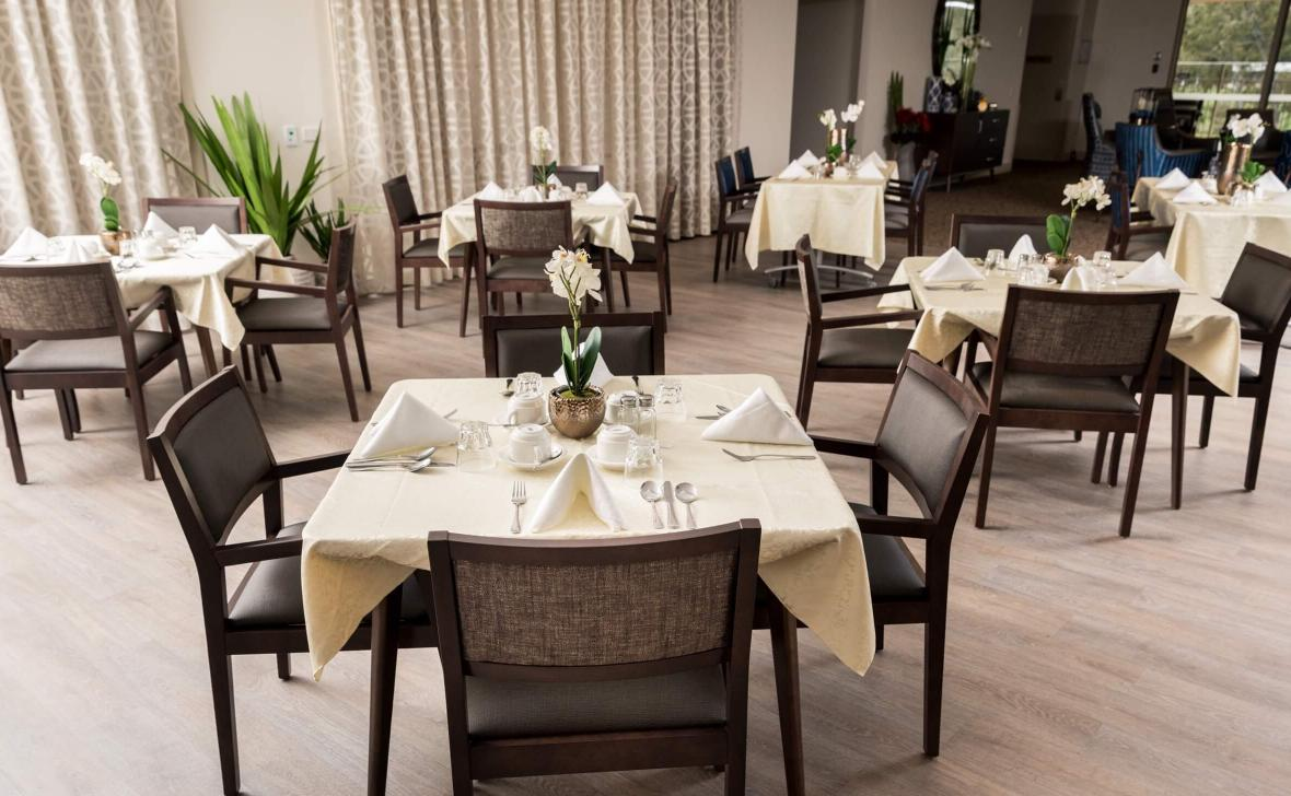 Epping Meadows dining