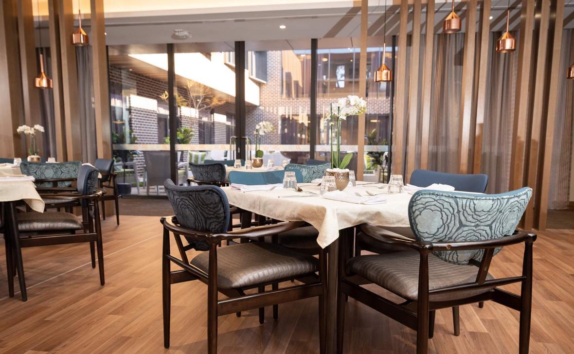 Carine Parkside dining room
