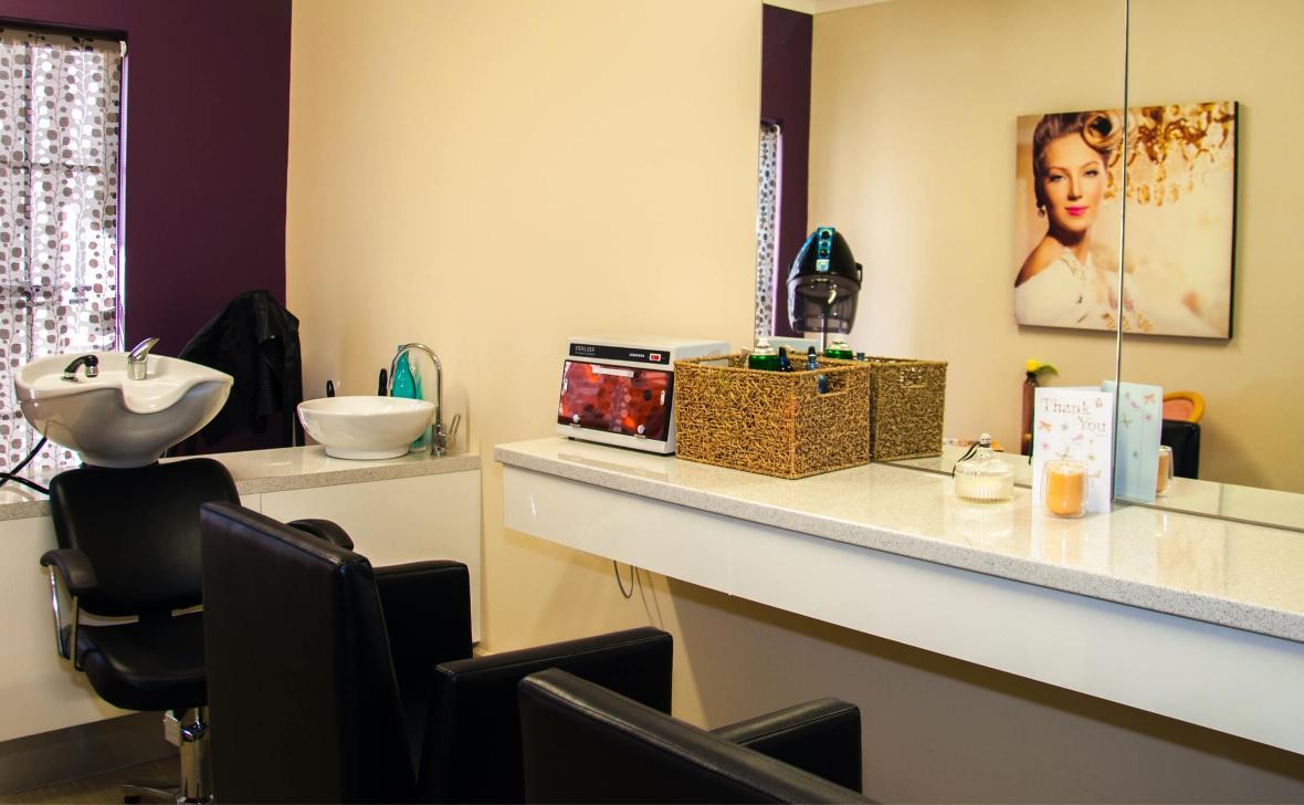 Tweed Valley hair dresser