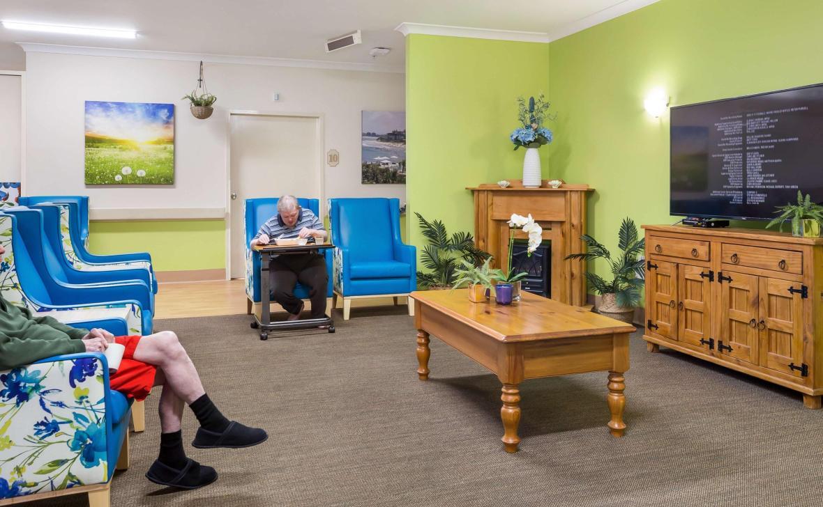 Caloundra Place Lounge
