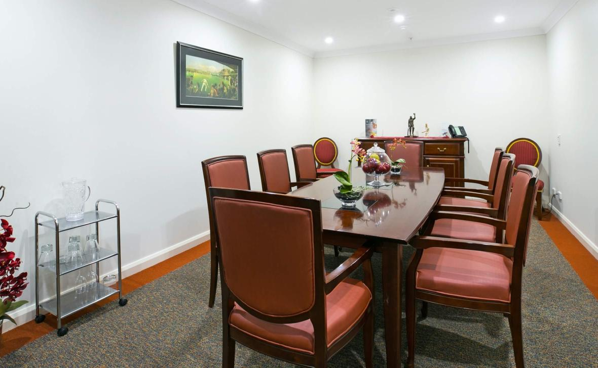 Coffs Harbour Grange dining