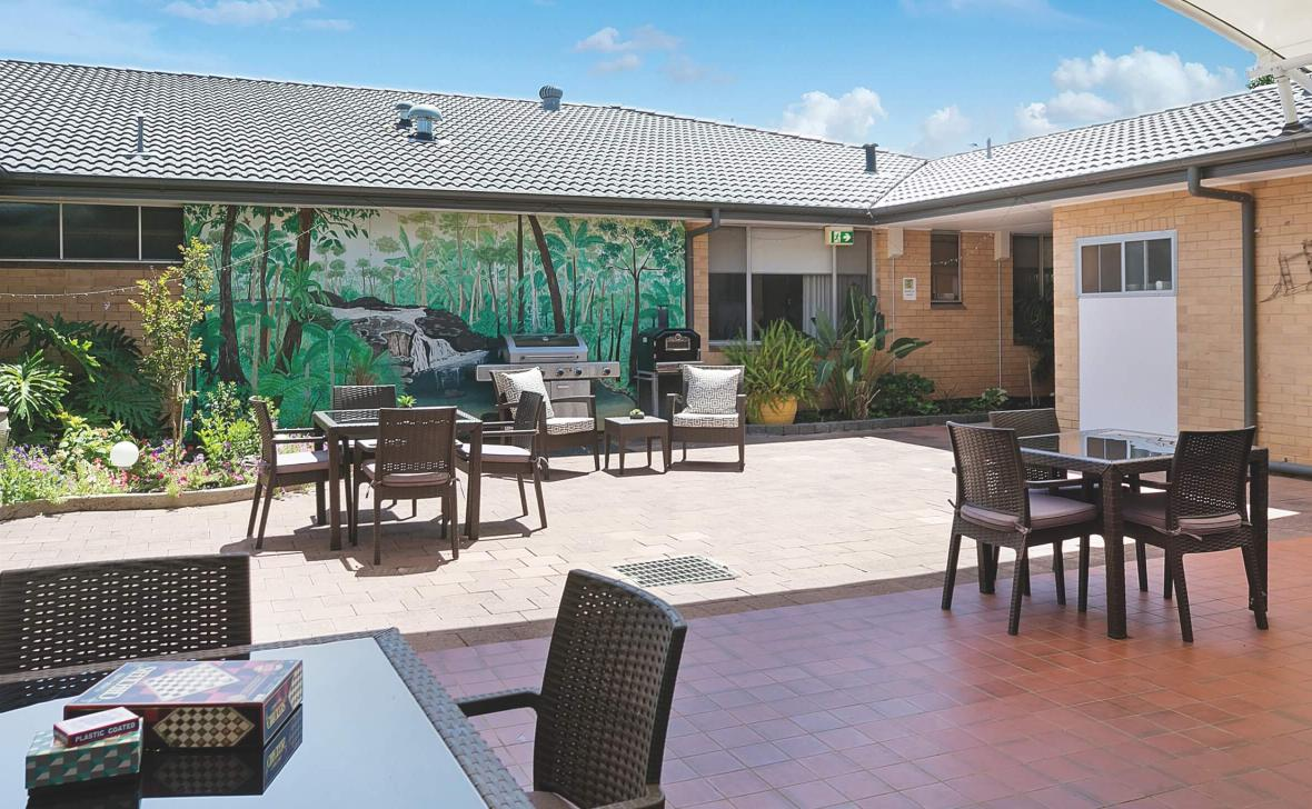 Dubbo Homestead outdoor seating