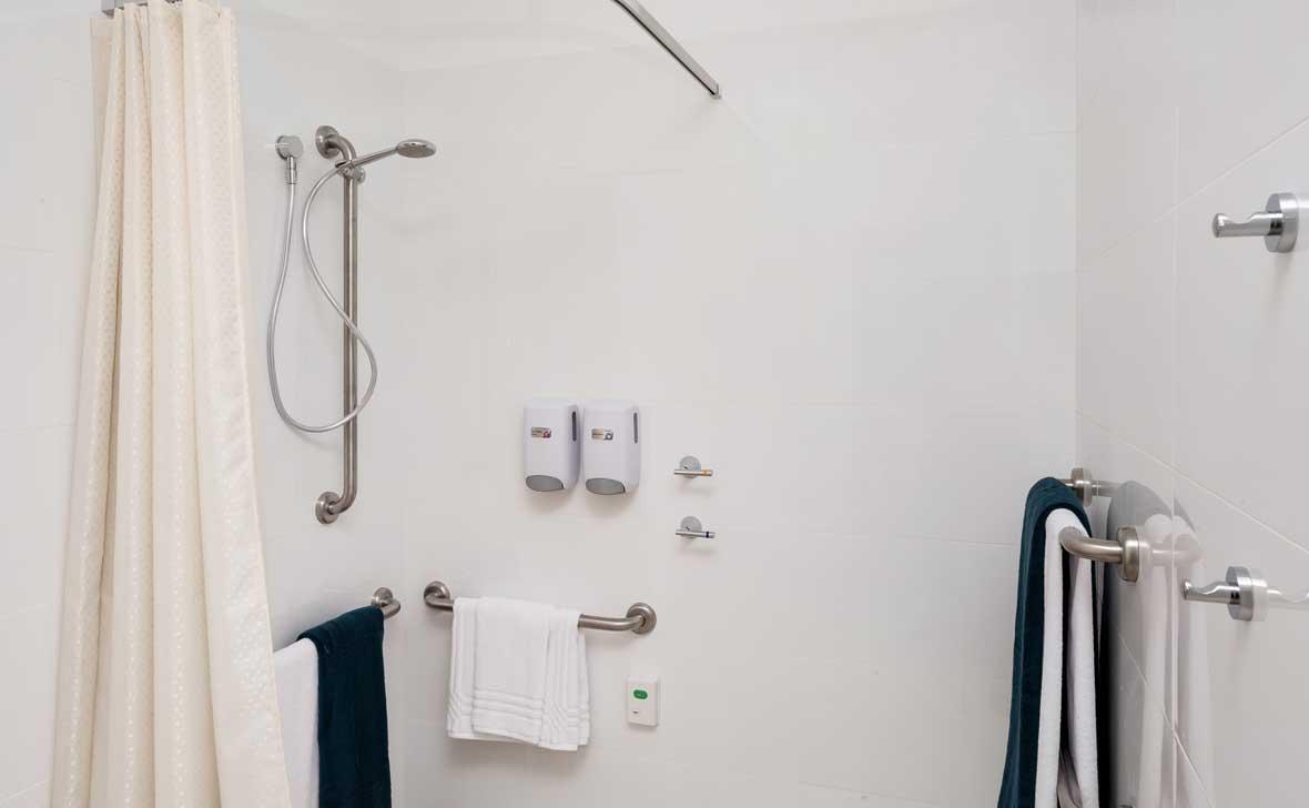 Killarney_Vale_Shower