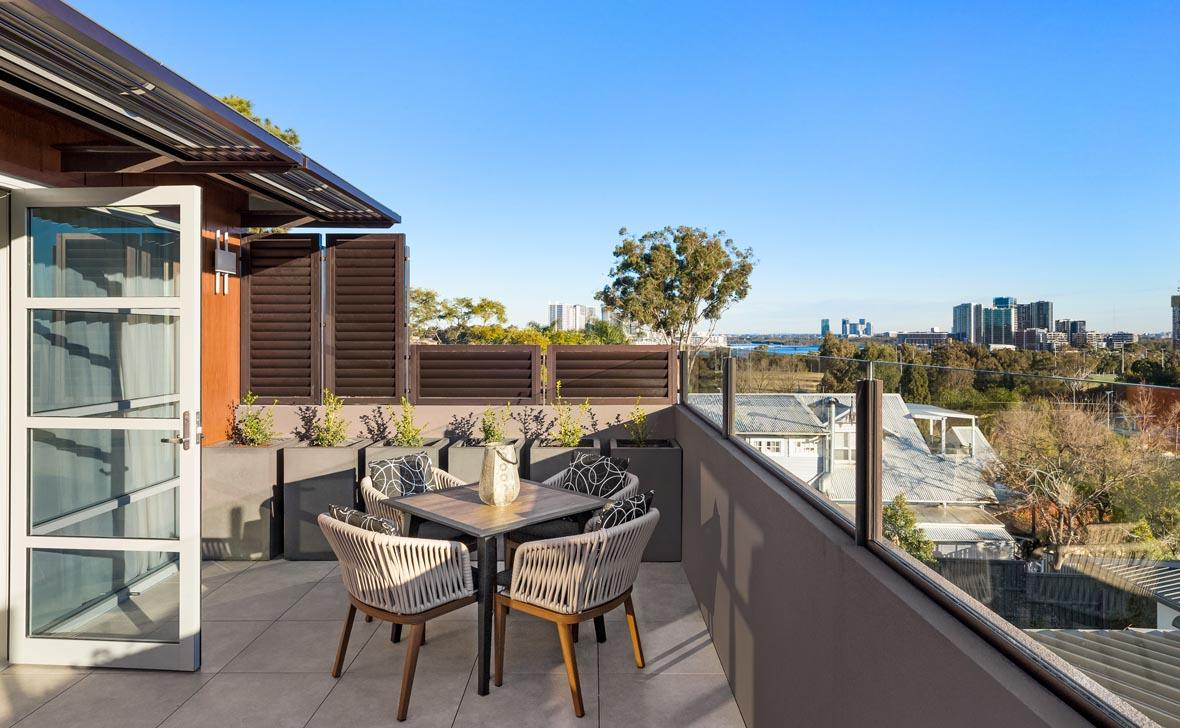 Meadowbank_Grove_View