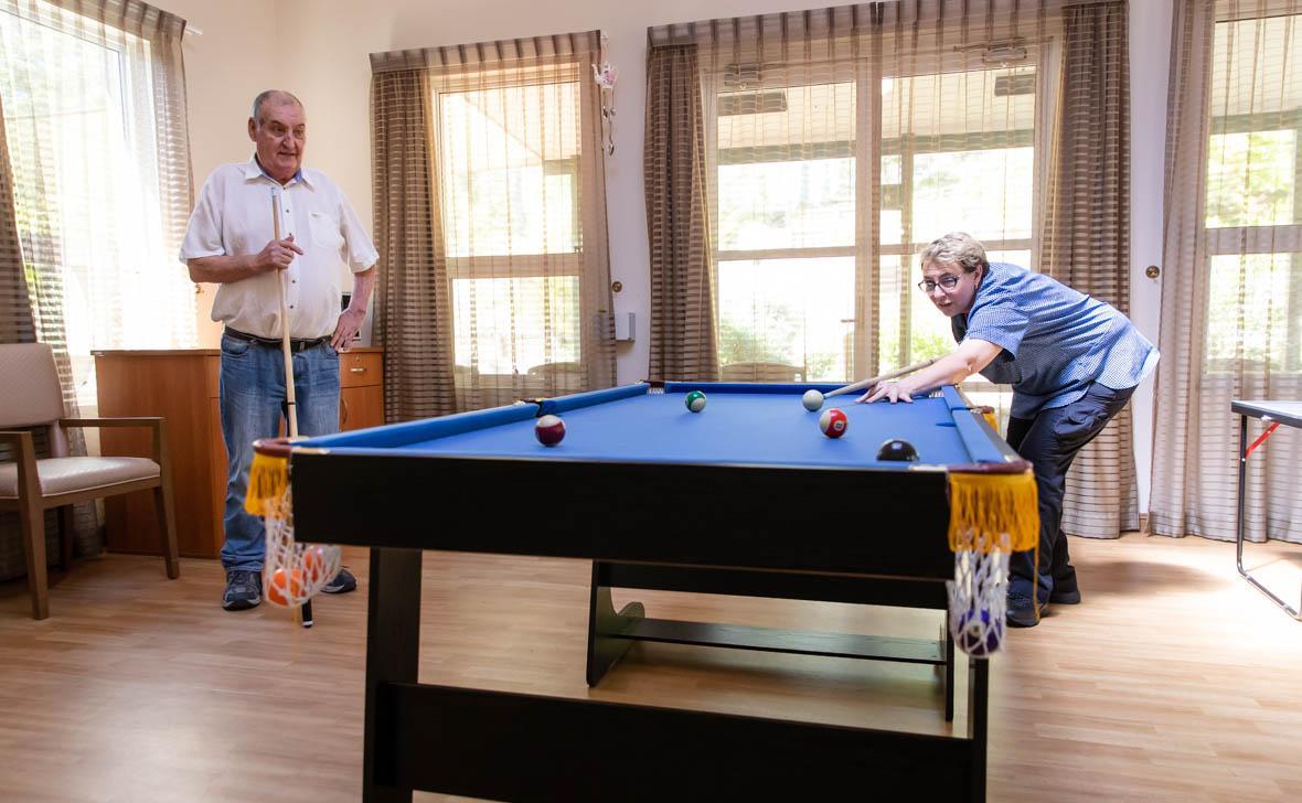 Denhams Beach Billiards