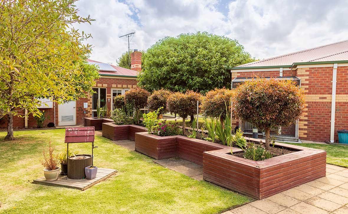 Sale Gardens