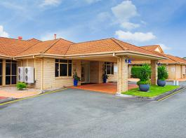 Morayfield Grove Main Entrance Mobile